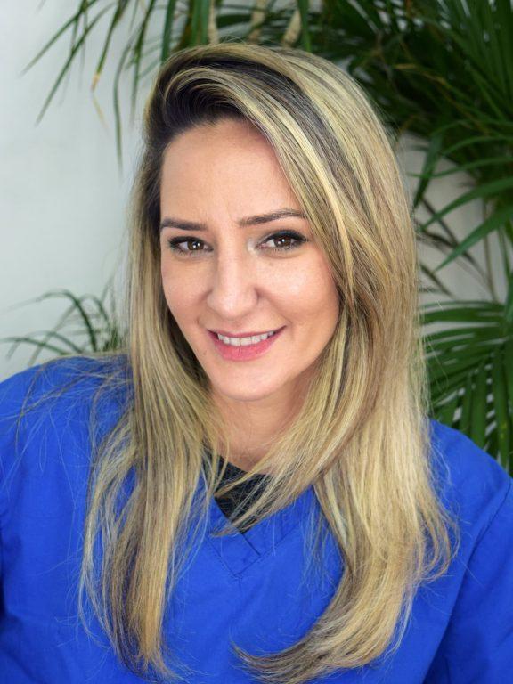Cintia Casacqui Dental Nurse Mark Tangri Dental Excellence